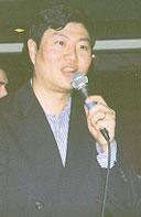 Shanghai Jazz proprietor David Niu introduces the Howard Alden Trio